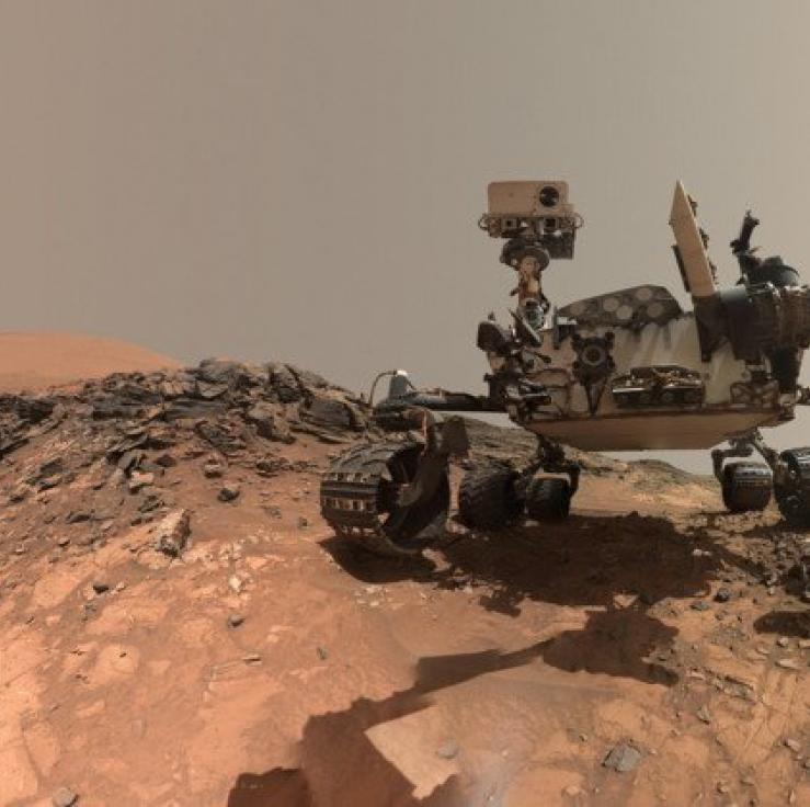 Image of the Curiosity rover on Martian surface, 2015.